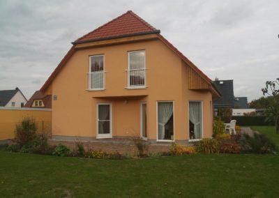 Haus mit Krüppelwalm