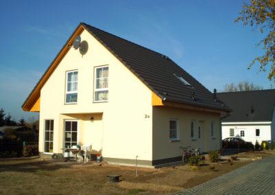 Haus mit Sprossenfenster